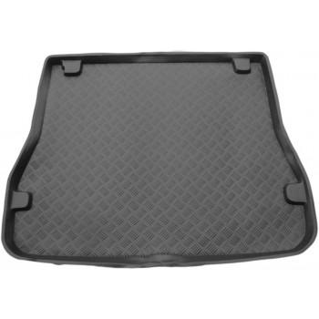 Proteção para o porta-malas do Ford Escort touring (1990 - 1999)