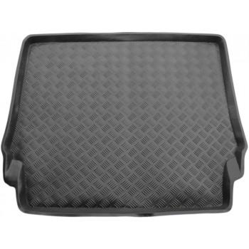 Proteção para o porta-malas do Mercedes W124