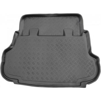 Proteção para o porta-malas do Nissan Terrano