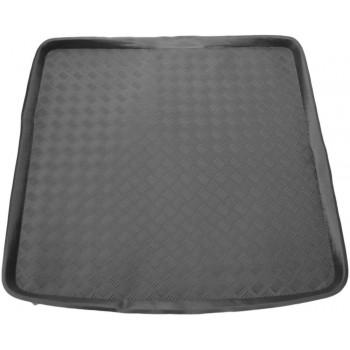 Proteção para o porta-malas do Peugeot 605