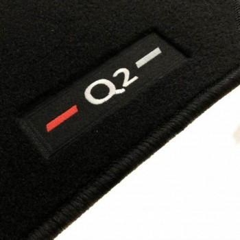 Tapetes Audi Q2 à medida logo