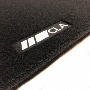 Tapetes Mercedes CLA C117 Coupé (2013 - 2018) à medida logo