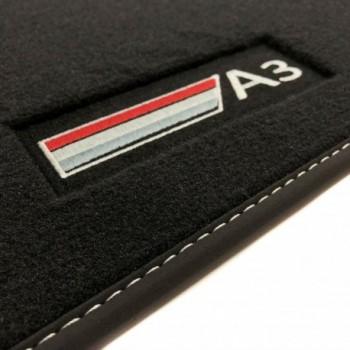 Tapetes Audi A3 8L Restyling (2000 - 2003) veludo logo