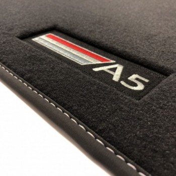 Tapetes Audi A5 F5A Sportback (2017 - atualidade) veludo logo