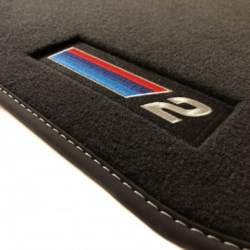 Tapetes BMW Série 2 F46 5 bancos (2015 - atualidade) veludo M Competition