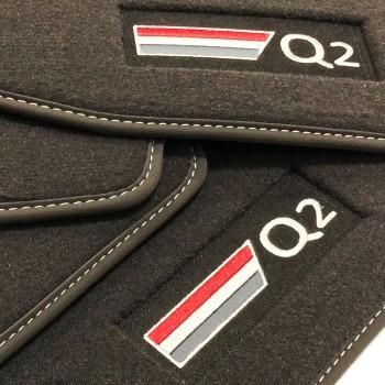 Tapetes Audi Q2 veludo logo