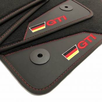 Tapetes para o automóvel Volkswagen Sharan 7 bancos (2010 - atualidade) acabamento GTI