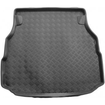 Proteção para o porta-malas do Mercedes Classe C W203 limousine (2000 - 2007)