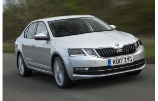 Tapetes exclusive Skoda Octavia Hatchback (2017 - atualidade)