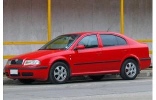 Protetor de mala reversível Skoda Octavia Hatchback (2000 - 2004)
