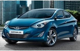 Tapetes Hyundai Elantra 5 económicos