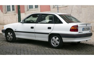 Opel Astra F limousine