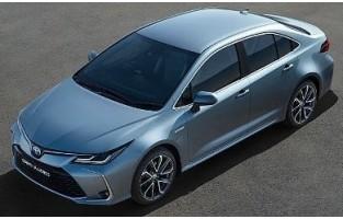 Toyota Corolla limousine Híbrido 2017-atualidade