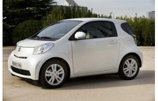 Protetor de mala reversível Toyota IQ
